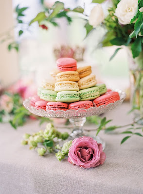 French macaroons on display