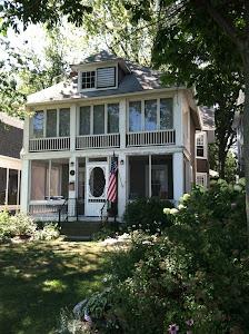 Hooking Cottage 2012