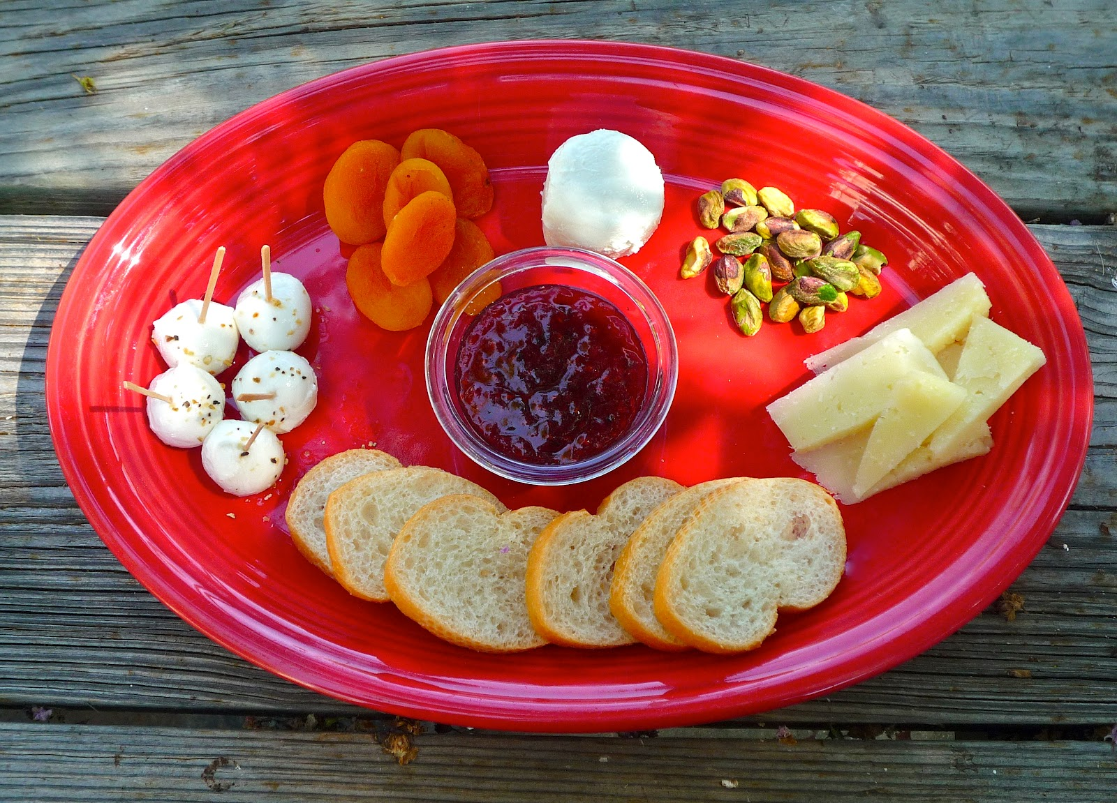 Cheese Plate 101 Creating a Perfect Appetizer for Two! : gourmet cheese plate - pezcame.com