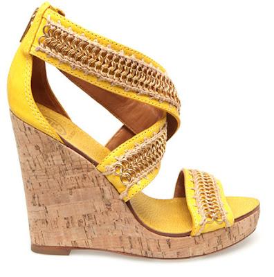 23 bright Босоніжки: прикраса для жіночих ніжок
