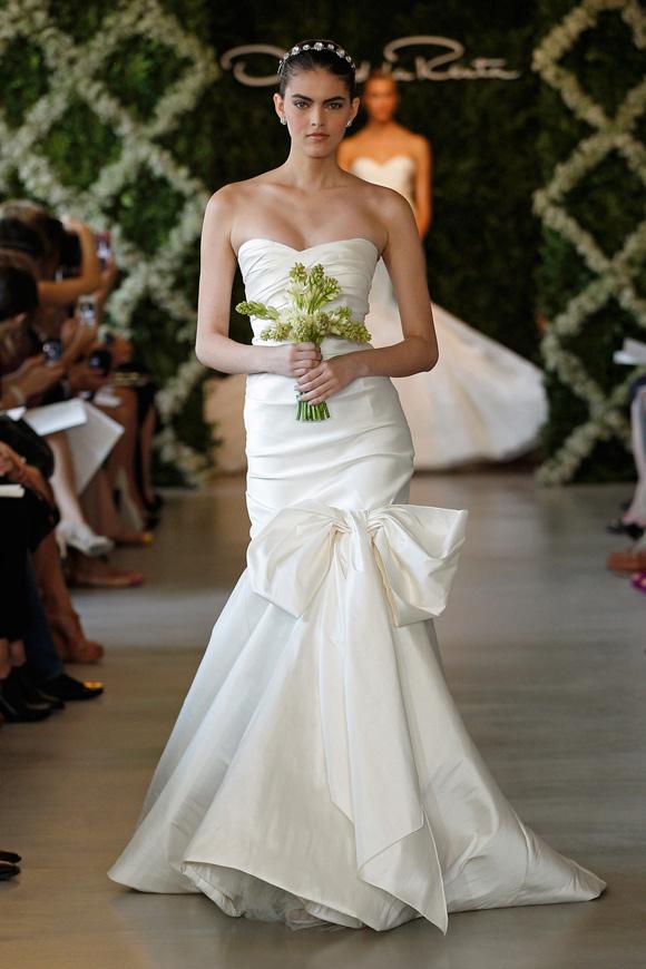Cheap wedding gowns online blog oscar de la renta 2013 for Wedding dresses in louisiana