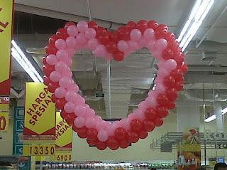 dekorasi balon CARREFOUR S