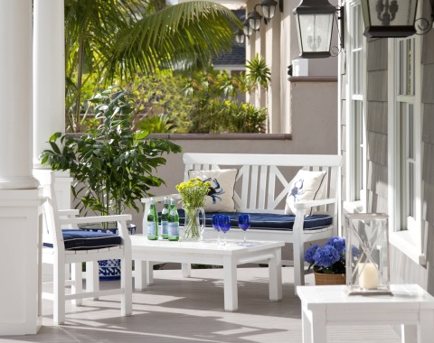 porch sitting area in blue and white - Porch Decor