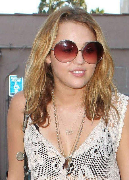 cyrus chat rooms Meet new people that like miley cyrus in online miley cyrus chat rooms.