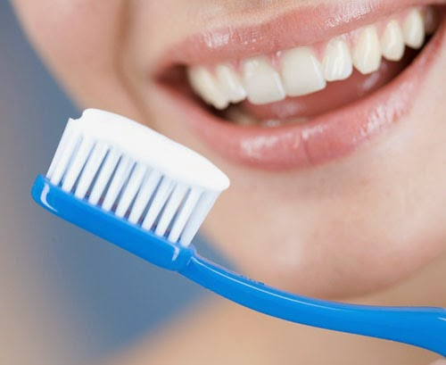 Cách chọn bàn chải đánh răng phù hợp