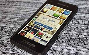 fitur instagram di blackberry 10, kelebihan hp bb 10, apa saja fitur unggulan handphone bb 10