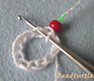 Вязание жгутов из бисера крючком столбиком без накида. МК