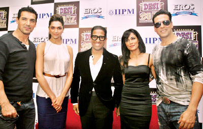 Arindam Chaudhuri with Desi Boyz Team