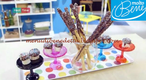 Rotolini con crema di nocciole e grissini al cioccolato ricetta Molto Bene