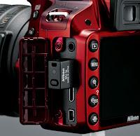 Nikon D3200 Side