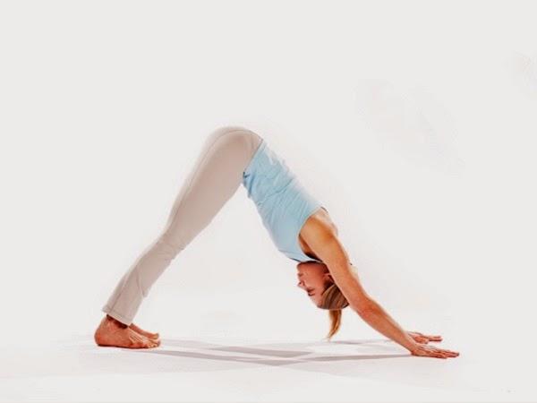 7 posturas de yoga sencillas para principiantes