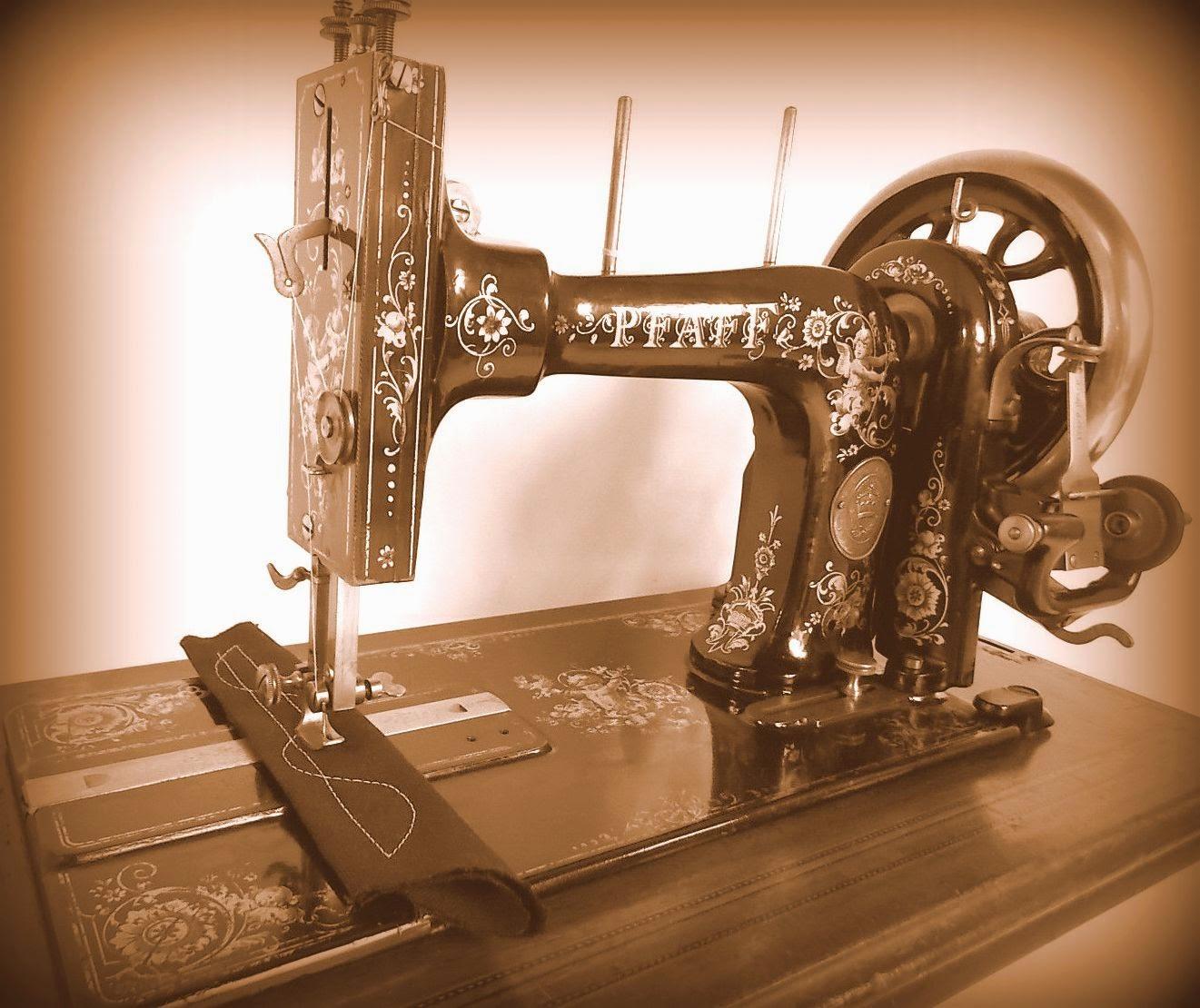 Machine à coudre pfaff vintage