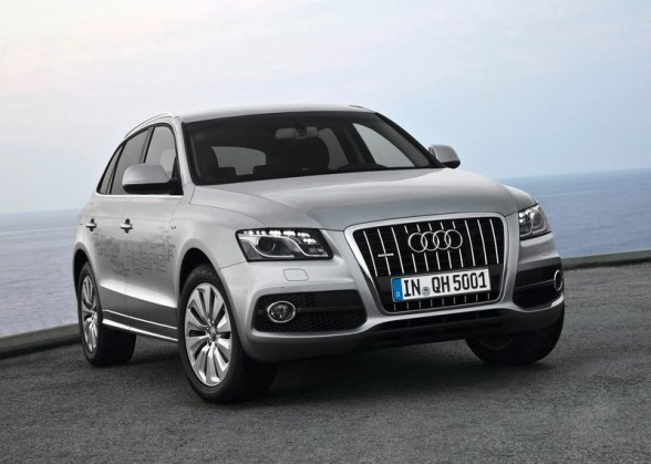 audi q5 hybrid quattro car review 2012 and pictures. Black Bedroom Furniture Sets. Home Design Ideas