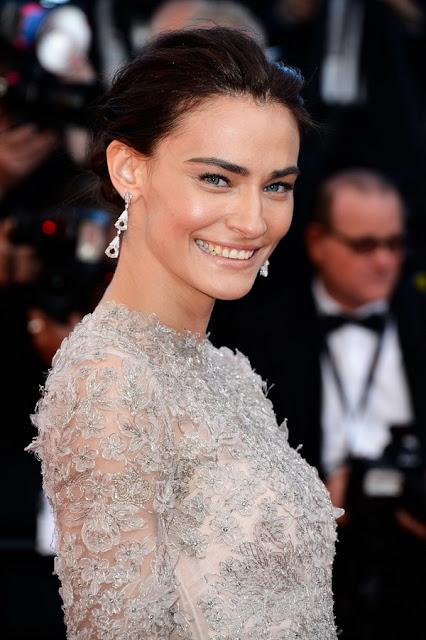 Cannes Festivali Saadet Işıl Aksoy Cansu Dere Kıyafetleri