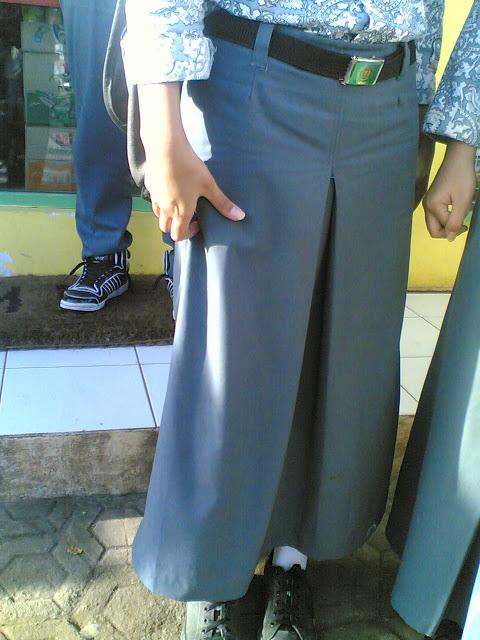 Foto-foto Anak SMA Tidak Pakai Baju ( HOT! Wajib Lihat ! )