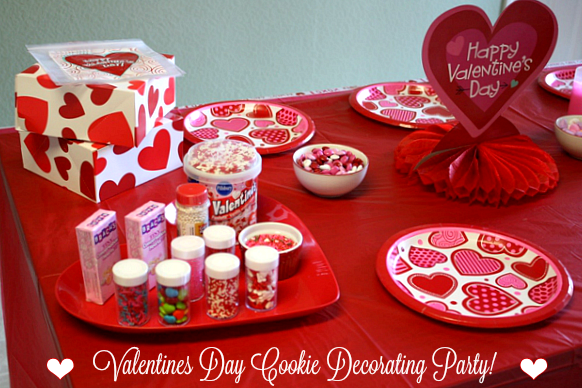 To Keep My Pocketbook In Check, I Designed A Valentine Cookie Decorating  Station With ...