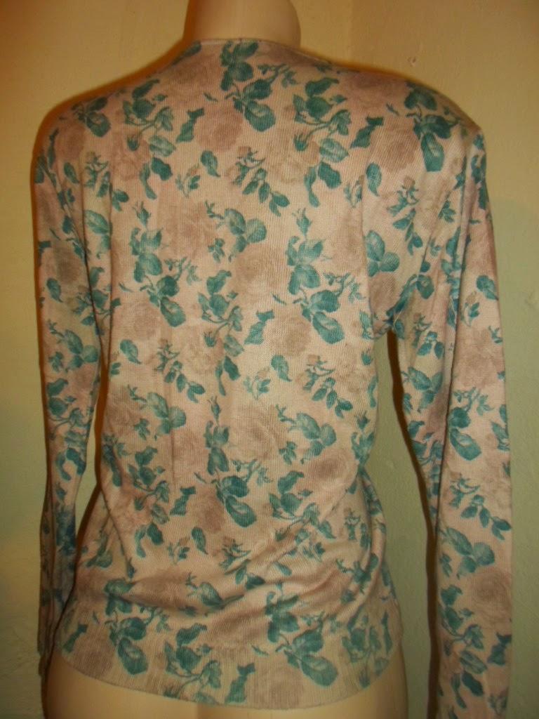 blusa de trico  estampas florais manga  comprida
