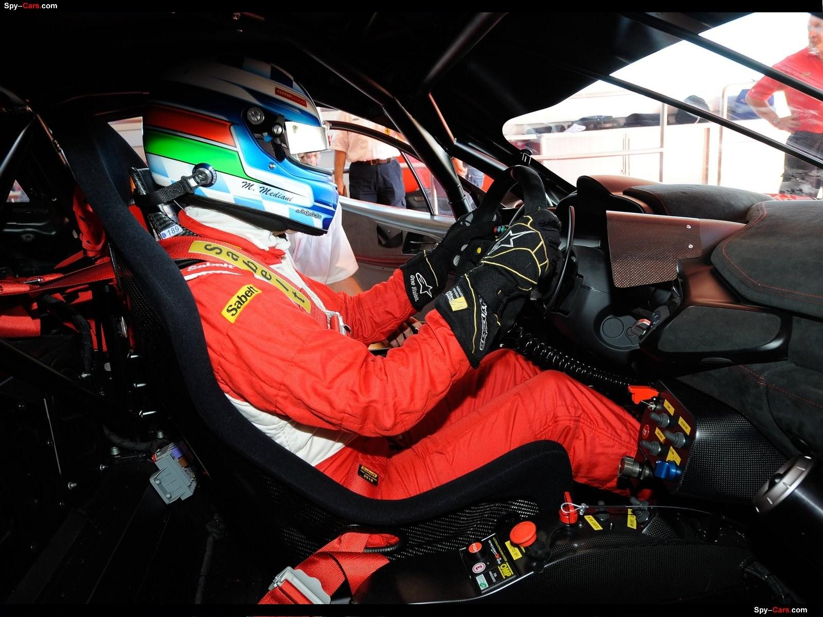 http://2.bp.blogspot.com/-CWiQSozmHwk/Ti7RNrY3zxI/AAAAAAACOsM/B_jaSIr-Ewk/s1600/Ferrari-458_Italia_Grand_Am_2012_1600x1200_005.jpg