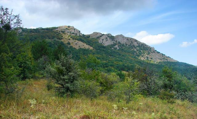 Гора Ликон (1017 м) – южный отрог Караби-яйлы