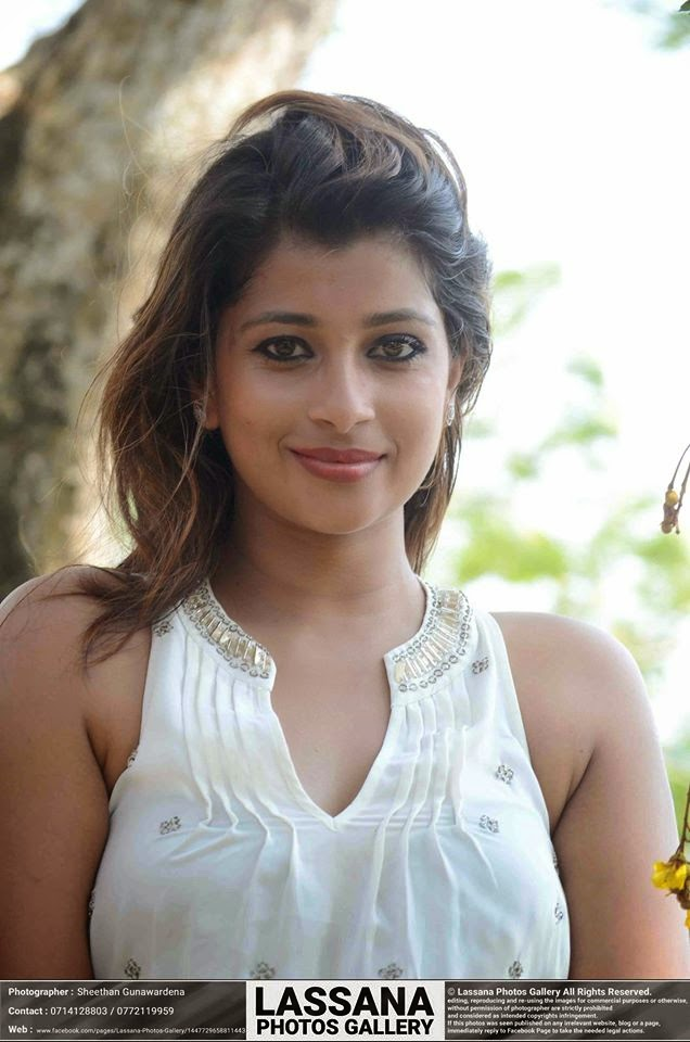 Lankan Actress Nadeesha Hemamali Latest Photos ~ Sri Lankan Actress ...