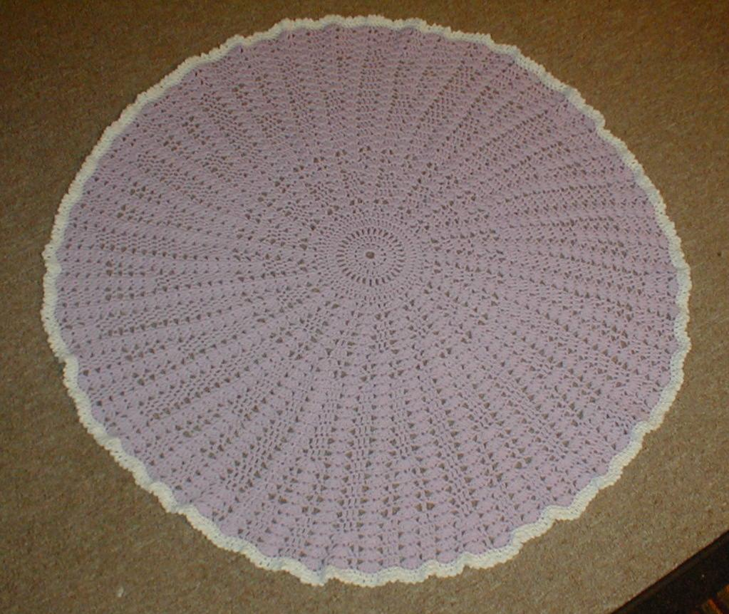 Crochet Baby Blanket Circular Pattern : Karens Crocheted Garden of Colors: Round Ciruclar Baby Blanket