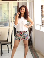 Seerat Kapoor New glam stills-cover-photo