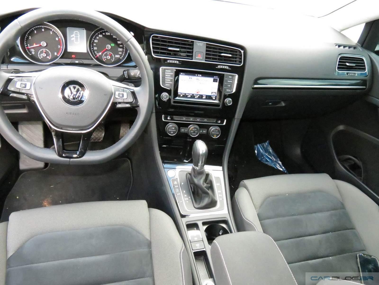 Golf TSI DSG Automático - interior - painel