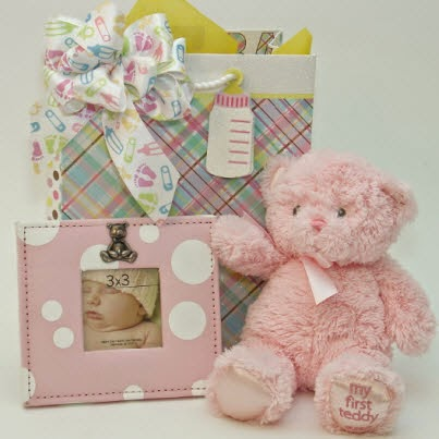 Baby Girl Gift Set Giveaway