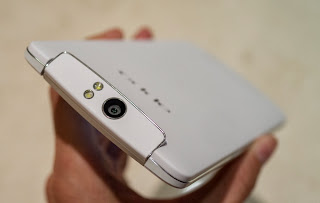On hand OPPO N1 smartphone, 5.9 inch screen, price $ 740