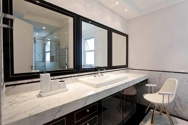 Banheiros com armários clássicos  veja modelos com essa tendência!  DecorSa -> Armario De Banheiro Com Cuba De Apoio