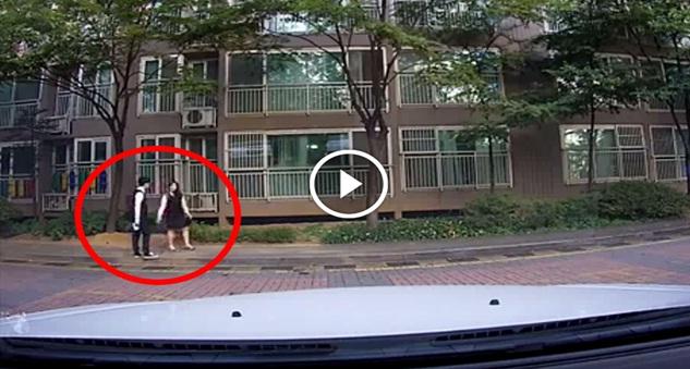 VIDEO - 2 Pelajar Ini Tak Sedar Aksi BERANI MATI Mereka Dirakam Orang Awam & Ditonton Lebih 2 JUTA Kali !