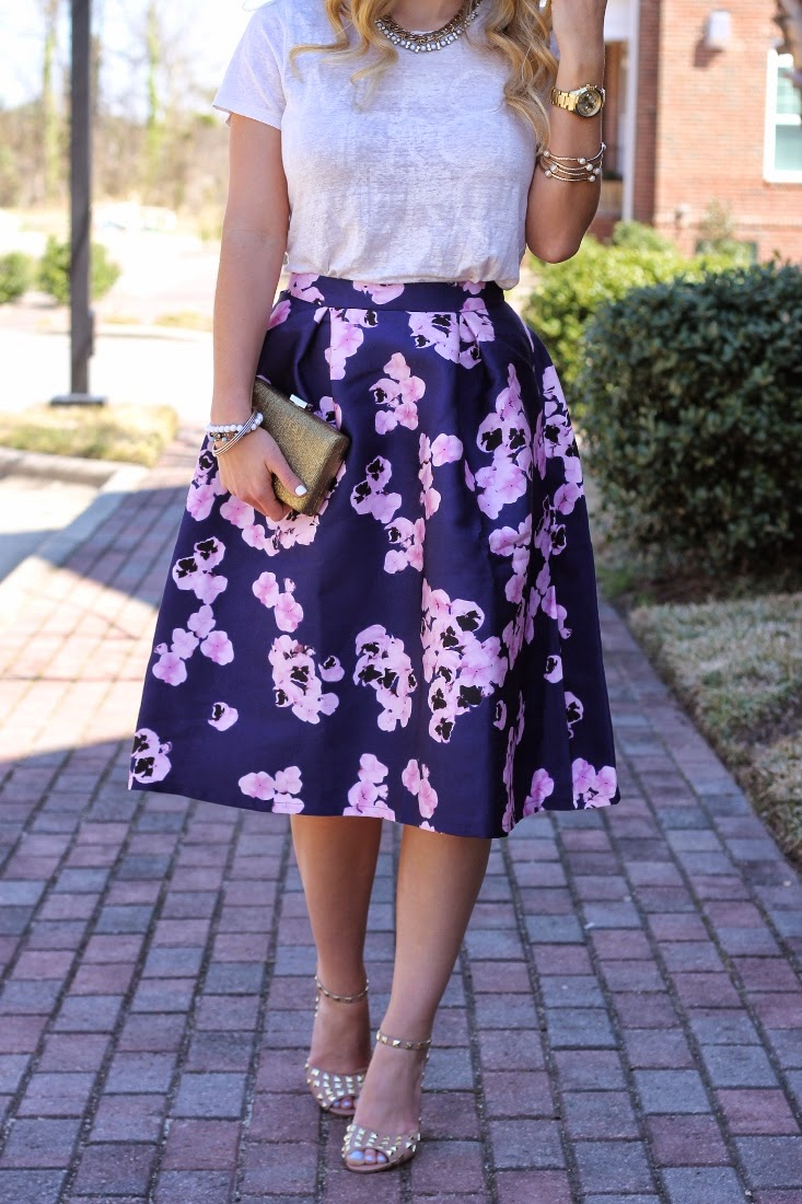 How To Wear Midi Skirt for Spring