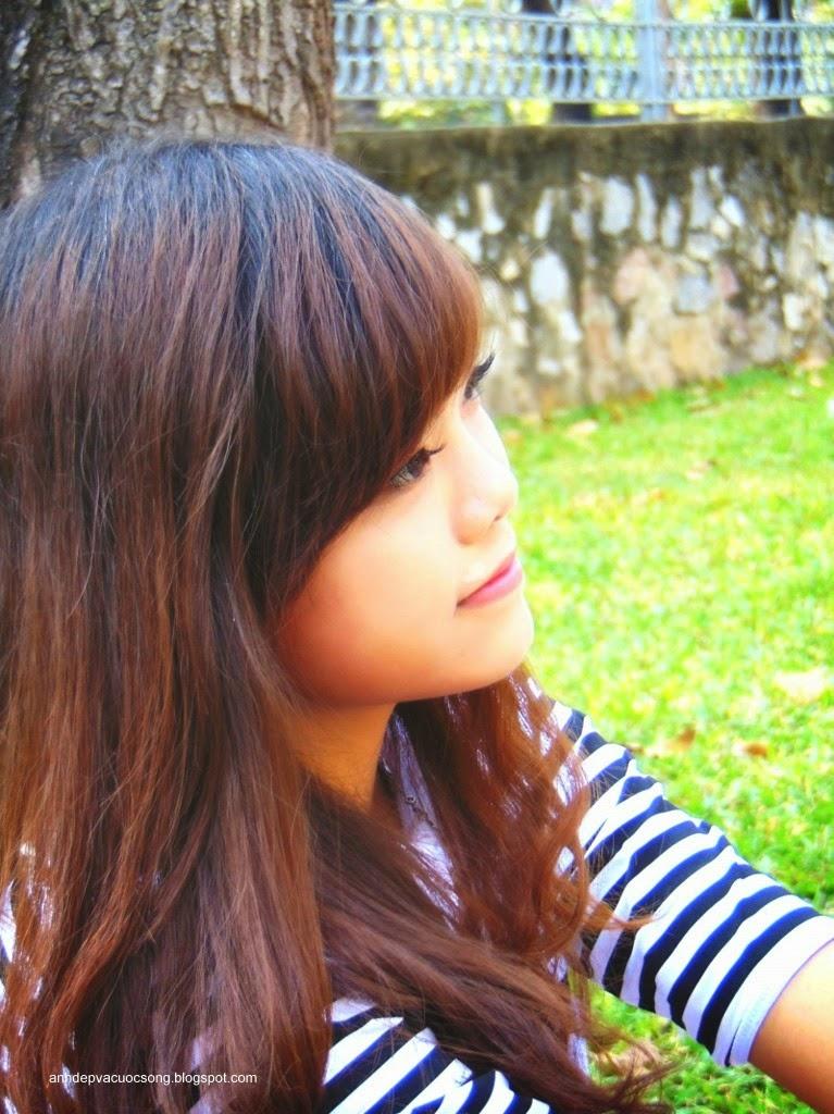 Thiếu nữ dịu dàng và xinh đẹp 2