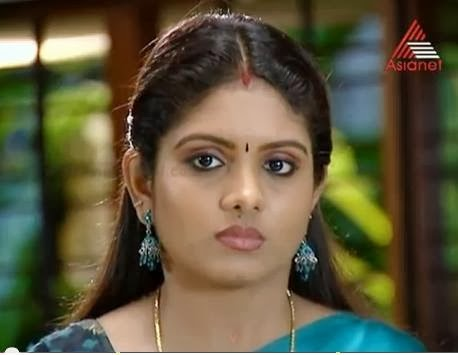 serial actress gayathri arun malayalam serial actress gayathri arun