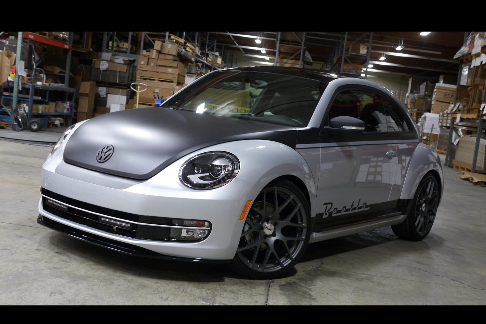 all cars nz 2012 volkswagen beetle at sema 2012. Black Bedroom Furniture Sets. Home Design Ideas