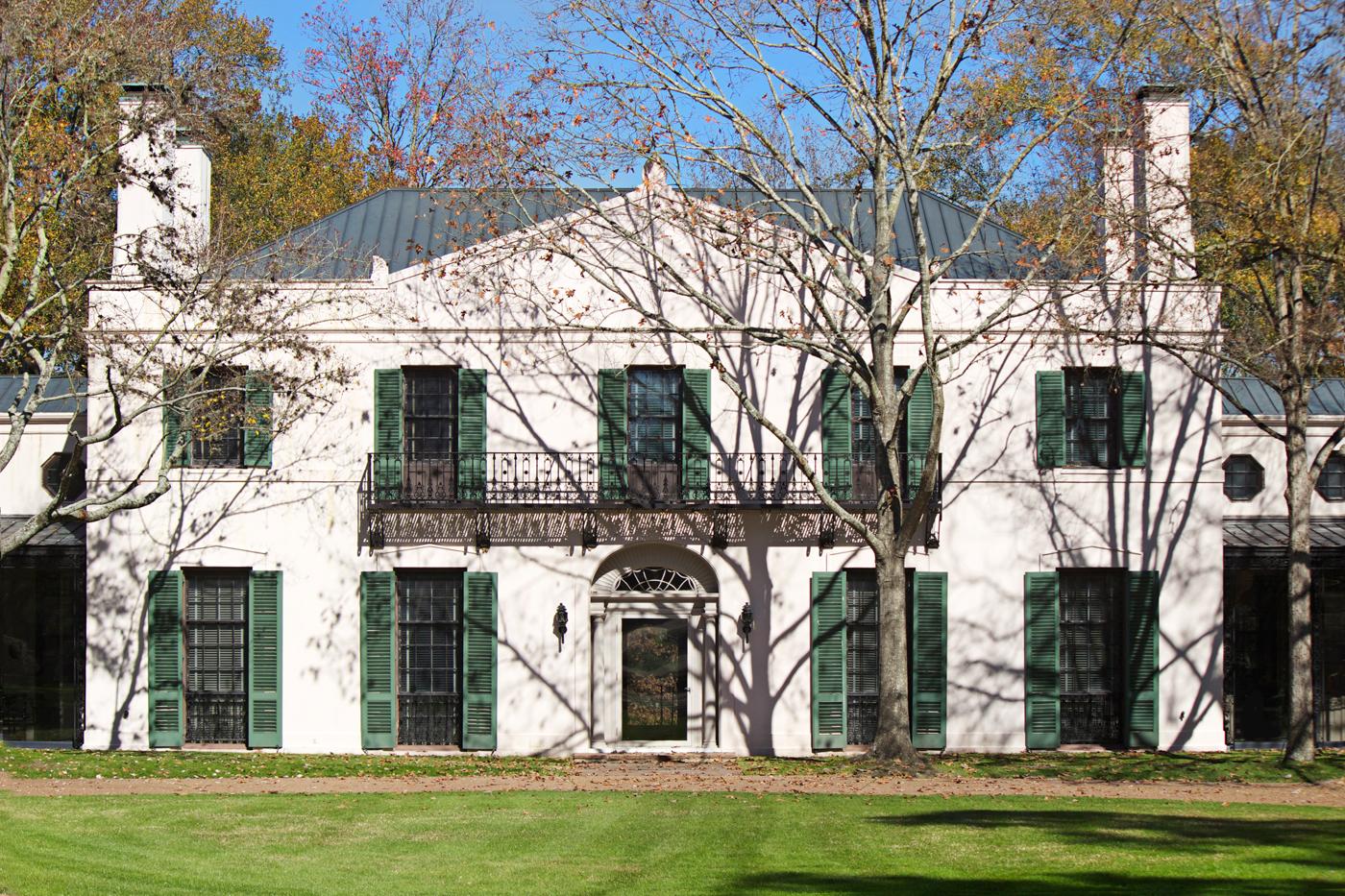edwardian mansion at bayou bend - photo copyright Allison Beth Cooling