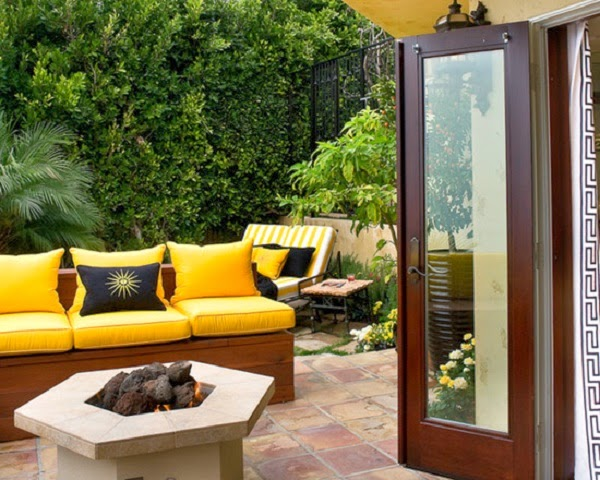muebles para patio jardin en color amarillo patios y