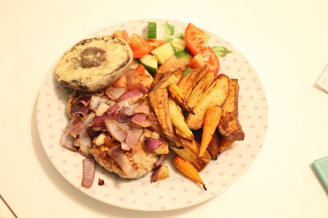 slimming world turkey burger chips and cheesy garlic mushroom