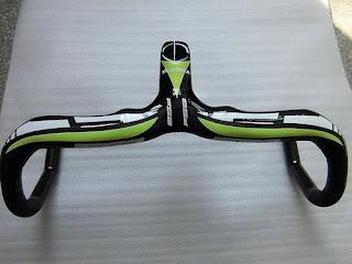 In stock 2013 New Green decals road bike full carbon fiber integrated handlebar
