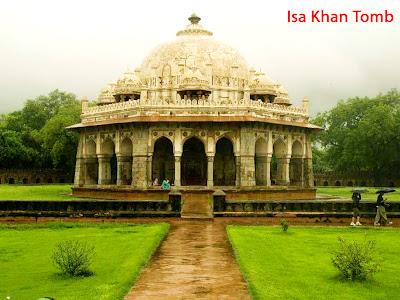 Isa Khan Tomb in Delhi