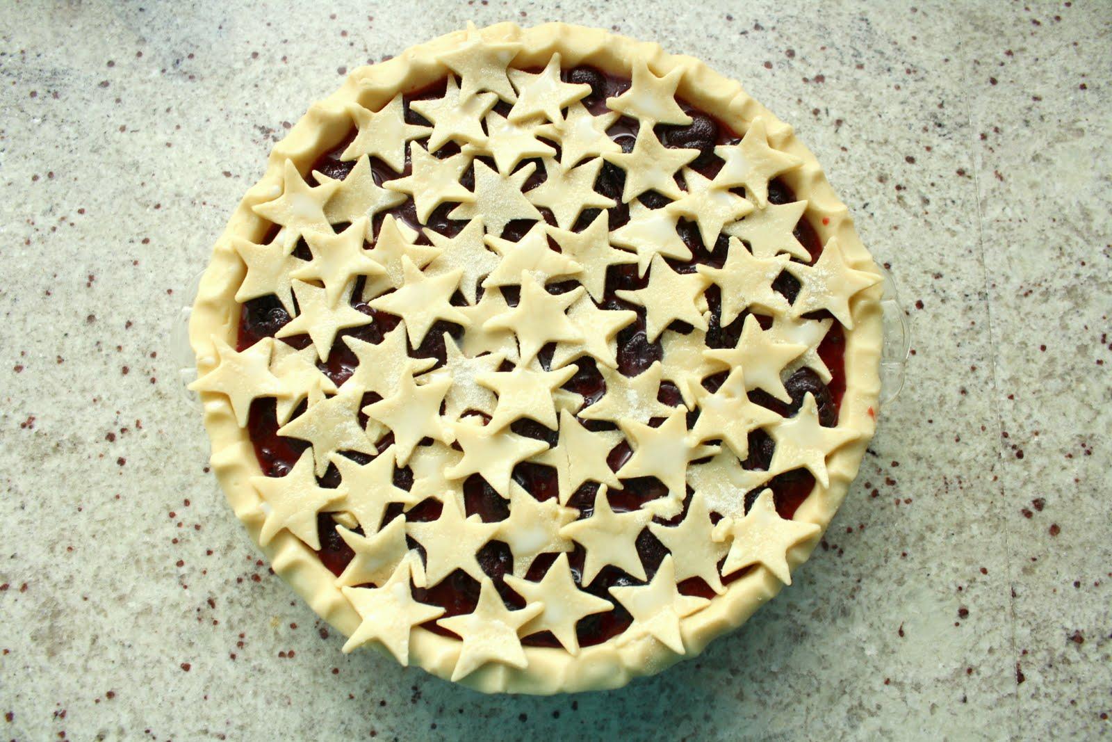 Cave cibum cherry pie for all for Apple pie decoration