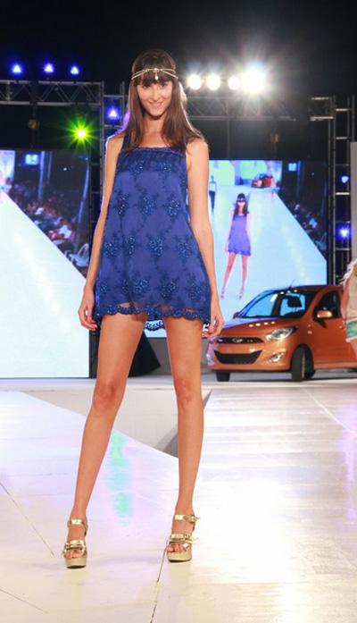Pinamar Moda Look 2014. Almendra Peralta Ramos vestidos de fiesta.