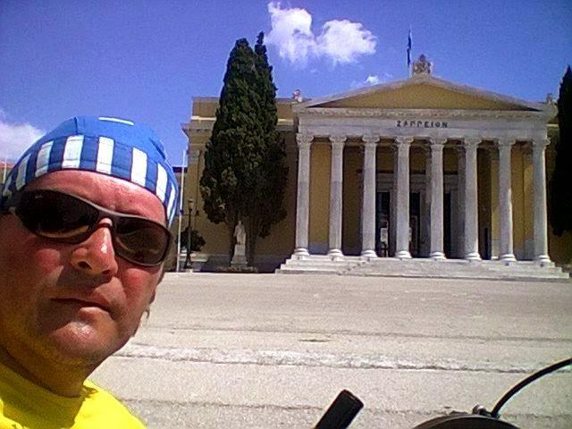 Vasile Stoica şi-a încheiat călătoria prin Europa după ce a fost jefuit în Grecia
