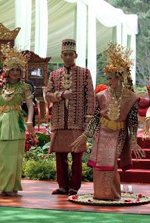 Pernikahan Ibas Aliya