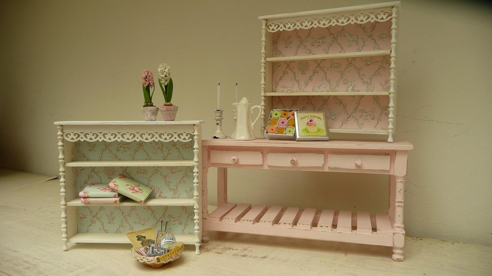 les carnets de l 39 atelier blondie nouvelles tag res new. Black Bedroom Furniture Sets. Home Design Ideas