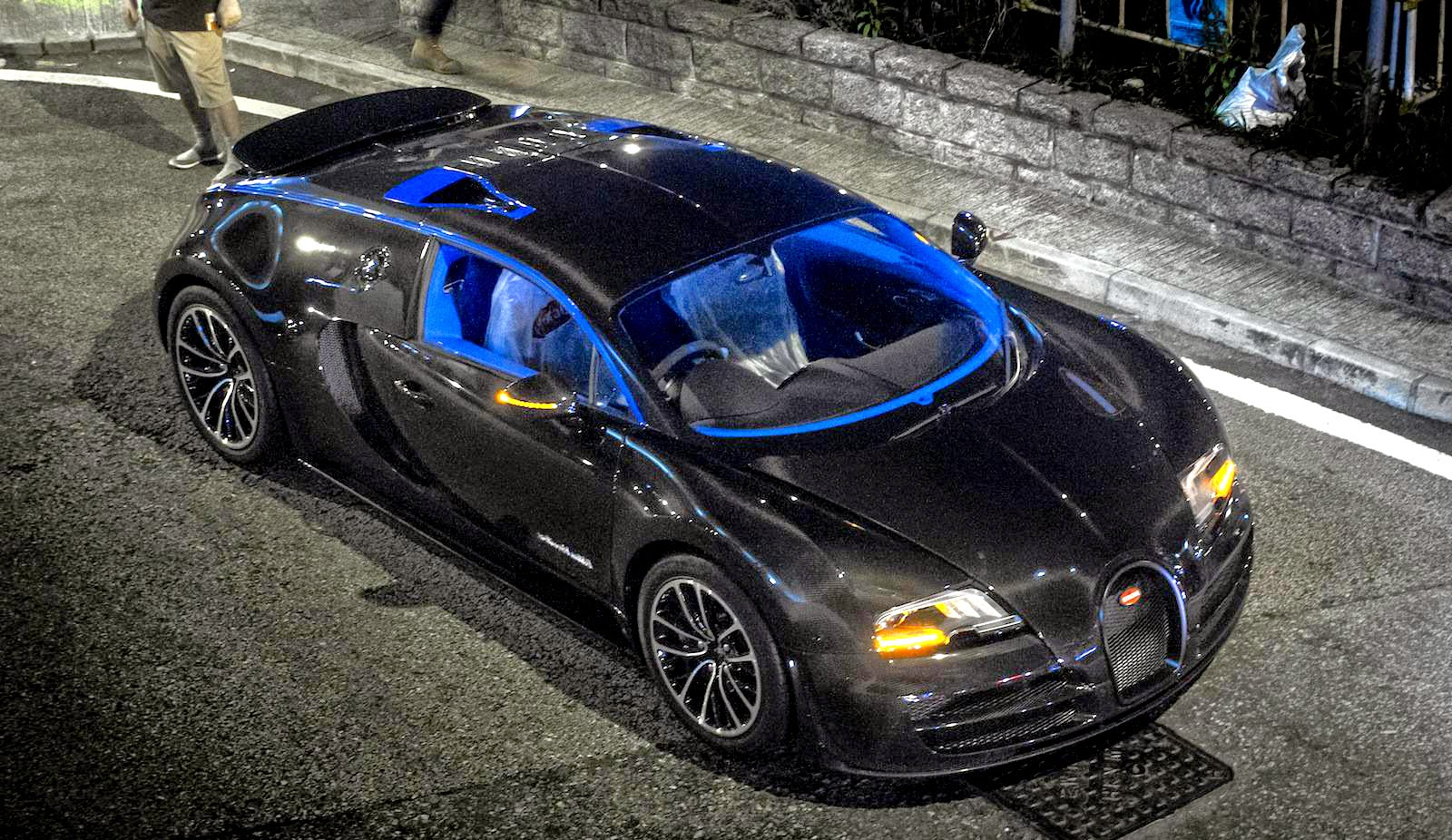 Bugatti Veyron Super Sport Merveilleux Edition Wallpaper