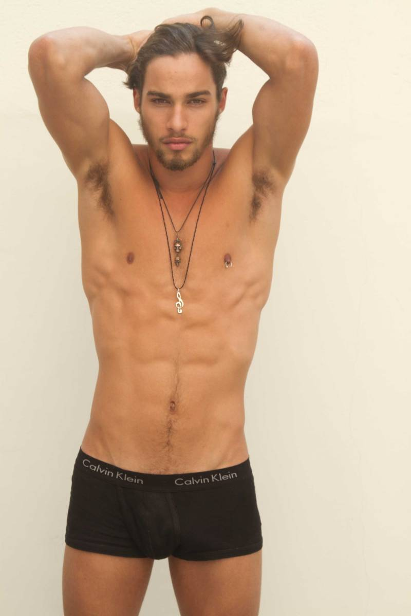 Exact Hot male model pablo morais