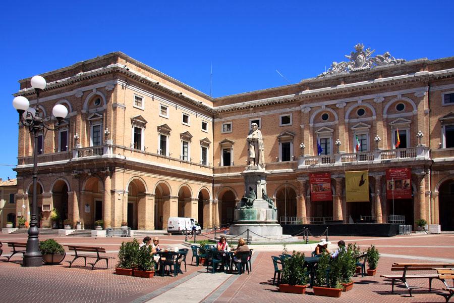Italia, fotos e historias by Patzy: Recanati, en Las ...