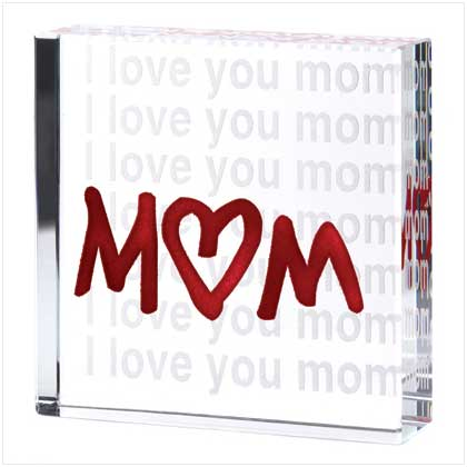 love you mommy. i love you mom.
