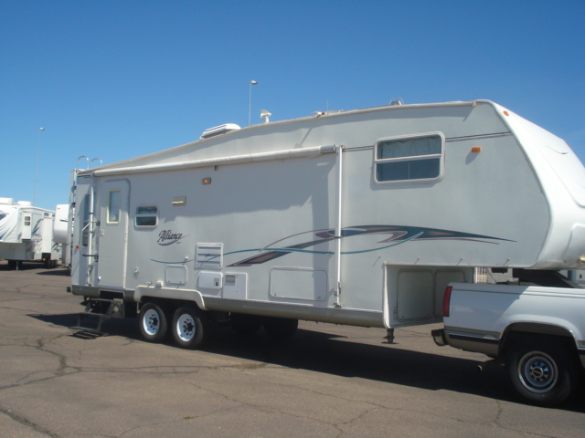 Innovative 2010 Bighorn 5th Wheel For Sale  Used Fifth Wheel For Sale